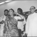 03 August 1995 - Phoolan Devi with VP Singh, Ram Vilas Paswan - HT Photo by Sanjay Sharma.